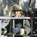 La verdad tras supuesta foto del bombero de 83 años ayudando en incendios forestales - BioBioChile  BioBioChile La verdad tras supuesta foto del bombero de 83 años ayudando en incendios forestales BioBioChile Este jueves una foto del conocido montañista Claudio Lucero Henríquez de 83 años, se viralizó por diversas redes sociales, en las que muchos agradecían su colaboración en el combate de…