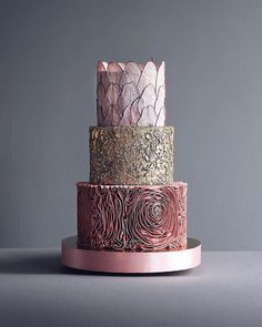 Russian Confectioners Make Elegant Cakes That Look More Like They Came Out Of A Fairy Tale Russian Confectioners Make Elegant Cakes That Look More Like They Came Out Of A Fairy Tale The Trend Of Intricately Decorated Party Cakes Keeps On Growing While Fondant Wedding Cakes, Floral Wedding Cakes, Wedding Cake Designs, Fondant Cakes, Cupcake Cakes, Cake Wedding, Floral Cake, Wedding Ideas, Purple Wedding