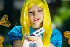 Alice in Wonderland - Eat me! by ~Ariru-lunaticOo on deviantART