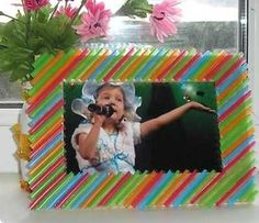 20 Plastic Recycling Ideas and Simple Recycled Crafts for Kids – Best DIY images in 2019 Plastic Straw Crafts, Diy Straw, Straw Art, Plastic Recycling, Recycled Crafts Kids, Craft Projects For Kids, Crafts For Teens, Handmade Picture Frames, Picture Frame Crafts