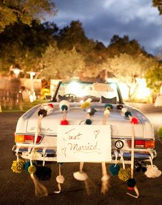 50 Wedding Photos You Cant Do Without!  From TheKnot.com