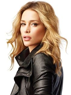 Covert Affairs star Piper Perabo shared her beauty secrets wtih us.