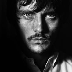 Twiggy, Jimi Hendrix, a Young John Galliano: All of Photographer Terence Donovan's Famous Faces Photos