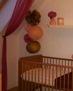 #pompoms #chambre #fille Cribs, Bed, Furniture, Home Decor, Girl Room, Cots, Decoration Home, Bassinet, Room Decor