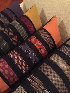 Diy Necktie Projects, Tie Crafts, Scrap Fabric Projects, Fabric Scraps, Quilting Projects, Sewing Projects, Necktie Quilt, Shirt Quilt, Tie Pillows