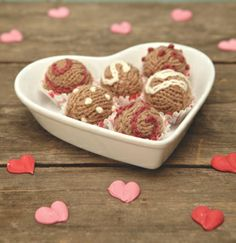 Calorie free Valentine's Day knit chocolates.  These are so cute!