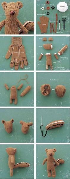 Confección de un osito de peluche, reciclando un guante de lana.  Increible!!      Fuente: www.friki.net