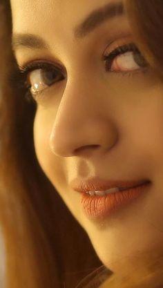 Beautiful Girl In India, Beautiful Women Pictures, Beautiful Girl Image, Most Beautiful Indian Actress, Bollywood Girls, Bollywood Actress, Beauty Full Girl, Beauty Women, Hot Actresses