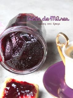 Recette gelée de mures faite maison - Expolore the best and the special ideas about Liqueurs Healthy Food Alternatives, Jam And Jelly, Vegetable Drinks, Food Menu, Food Inspiration, Sweet Recipes, Food And Drink, Pudding, Homemade