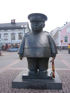 Toripolliisi (market square policeman) in Oulu, Finland Visit Helsinki, Street Art, Site Visit, Bronze Sculpture, Best Cities, Homeland, Trip Planning, Bobby, Statues