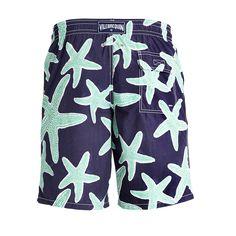 #swimwear #men #family #fashion #beach #holidays #style #joy #colors #shorts #bathingsuit #spring #prints #design #waterreactive #happy #beachwear #trend @vilebrequin