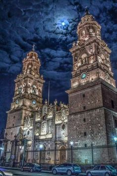 Catedral de Morelia. Centro Histórico en Morelia, Michoacán.