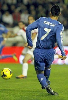 Cristiano Ronaldo, 7.