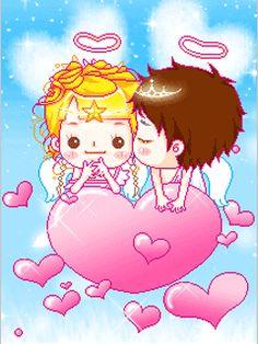 Angelitos con corazones animados.