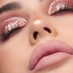 ✨ The stunning chose so many of our top products for this chic and sparkly eye look. Find them listed below! We are enamoured by her gorgeous look! Glitter Makeup Looks, Pink Eye Makeup, Smoky Eye Makeup, Nude Makeup, Eye Makeup Tips, Makeup Blog, Glitter Eyeshadow, Eyeshadow Makeup, Gem Makeup