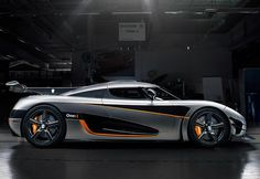 Koenigsegg One:1 5 litre V8 RWD 2014   Koenigsegg   One:1 price 2 500 000 $  speed  430 kph / 267 mph  0-100 kph 2.5 seconds  Power 1360 bhp / 1000 kW  bhp / weight 1000  bhp per tonne  Displacement    5  litre /  5032 cc  Weight 1360  kg /  2998  lbs