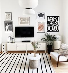 Room Decor, Wall Decor, Modern Buildings, Decorating Your Home, Gallery Wall, Pastel, Pure Products, Living Room, House
