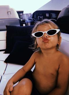 ohh boy I hope my kiddos have this much sass. a momma's child for sure Lil Baby, Little Babies, Cute Babies, Baby Kids, Little People, Little Ones, I Want A Baby, Wanting A Baby, Foto Baby