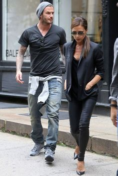 David Beckham Inspired is part of Jeans outfit men - Jean Outfits, Casual Outfits, Men Casual, Fashion Outfits, David Beckham Style, The Beckham Family, Estilo Cool, Mode Man, Stylish Mens Fashion