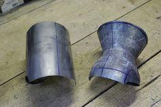 Rękawice klepsydrowe wykonane bez spawania ze stali średniowęglowej w…