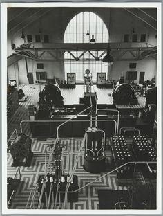 Radio Kootwijk. [1939]. Machinezender. (foto), Wiel van der Randen, Spaarnestad Photo