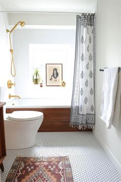 Perfect 50 Small Bathroom Design Ideas – image 19 The post 50 Small Bathroom Design Ideas – image 19… appeared first on 99 Decor .