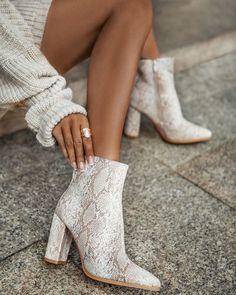 Step into style with the beige deezee boots with snake prints ❤️ deezeeshoes deezee shoes Snake Boots, Shoes Boots Ankle, Heeled Boots, Snake Print Boots, Ankle Heels, Aesthetic Shoes, Dream Shoes, Doc Martens, Cute Shoes