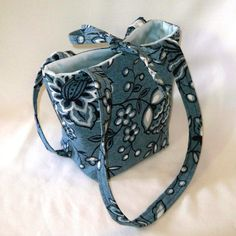 Hey, I found this really awesome Etsy listing at https://www.etsy.com/listing/70498380/denim-purse-small-tote-bag-floral-purse