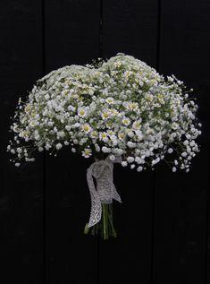 Häät Wedding Dandelion, Flowers, Plants, Wedding, Valentines Day Weddings, Dandelions, Plant, Weddings, Taraxacum Officinale