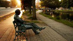 Bronze statue of Irish poet, Patrick Kavanagh, Dublin