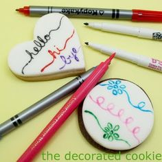 how to draw on food… ending the confusion about edible writers. Tools post by TheDecoratedCookie