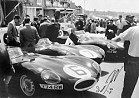 The 1955 Le Mans Tragedy. The Disaster Crash from the Mike Hawthorn Tribute Site, an in depth analysis....He drove a Jaguar with such fervou...