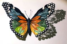 "Quilled butterfly – Papillon quilling – Mariposa de Papel | Handmade tutorials collection   Go to bottom of web page and click ""go to full site"" and it will refresh the page with a video tutorial!"