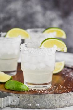 This is hands down the BEST Margarita Recipe. With it's easy to find ingredients, and perfect flavor, you will leave all the other recipes behind. We have instructions to make one cocktail or a whole pitcher! Best Margarita Recipe, Margarita Recipes, Mojito Recipe, Fudge Recipes, Sauce Recipes, Sangria Recipes, Drink Recipes, Chocolate Chip Banana Bread, Raisin Cookies