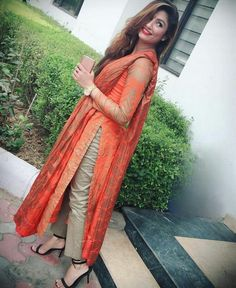 trendy fashion style for teens swag clothes Salwar Designs, Kurti Designs Party Wear, Blouse Designs, Pakistani Dresses, Indian Dresses, Indian Outfits, Suit Fashion, Trendy Fashion, Fashion Dresses
