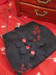 Sweet little fabric vintage purse