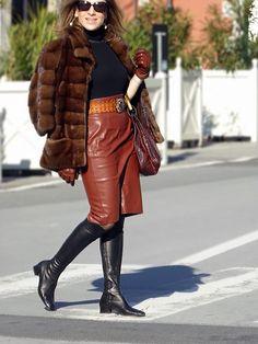 stivali-cuissardes-Unsigned-gonna-tubino-Zara-maglia-collo-alto-Patrizia-Pepe-pelliccia-visone