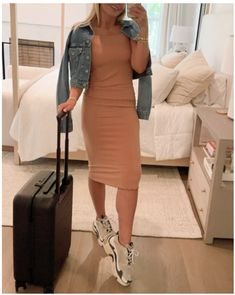 Wellness Wednesday. Travel Edition - Lunchpails and Lipstick Spring Fashion Outfits, Spring Fashion Trends, Summer Outfits, Lunchpails And Lipstick, Street Style Summer, Mid Length Dresses, Midi Dresses, Wednesday, Track