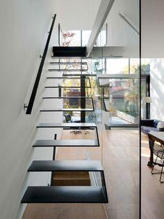 Schwebende Treppe einmalig