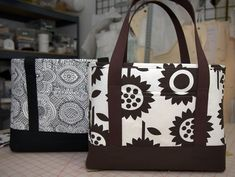 Tote Bag Tutorial- it is said to be an easy pattern!