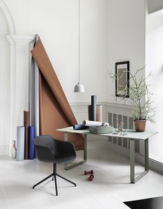 Muuto Fiber Chair in black