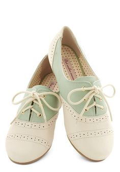 Skipping Through the City Flat in Mint, #ModCloth  Vegan mint and cream laced flats.