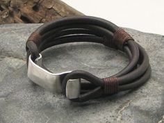 FREE SHIPPINGMen's leather bracelet Brown leather by eliziatelye