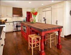 Spaces Red Kitchen Island Design, Pictures, Remodel, Decor and Ideas - page 2 I like the idea of the butcher block island painted red. Kitchen Island With Stove, Rustic Kitchen Island, Kitchen Island With Seating, Kitchen Islands, Island Table, Island Stove, Red Kitchen Tables, Dining Table, Trestle Table