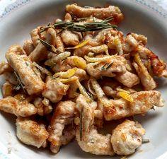 Straccetti di pollo con zenzero, limone, miele e rosmarino | Habemus Fame
