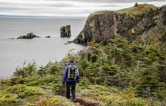 Hiking the Skerwink Trail near Trinity, Newfoundland - Hike Bike Travel Hiking Spots, Hiking Trails, Beautiful Places To Visit, Cool Places To Visit, Amazing Places, Visit Canada, Newfoundland And Labrador, Adventure Activities, Boat Tours