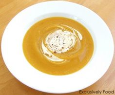 Made this tonight - Roast Pumpkin Soup Recipe. Very yummy & easy! Fall Recipes, Real Food Recipes, Soup Recipes, Great Recipes, Cooking Recipes, Favorite Recipes, Roasted Pumpkin Soup Recipe, Roast Pumpkin Soup, Good Food