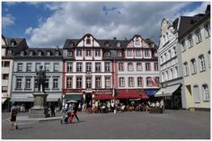 """KOBLENZ (GERMANY): While strolling through the town's historic centre with its narrow lanes and romantic squares you may choose to go shopping, or just to have a break in one of the many sidewalk cafés e.g. on """"Jesuitenplatz"""" (Jesuits' Square)."""