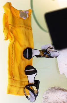 Evolution Shop_grandi firme_Polignano a Mare #Michaelkors #abbigliamento #calzature #accessori #Michaelkors #top #glamour #Evolutioncard #glamour #Evolutionlei #Boutiqueabbigliamento #abbigliamento #donna #modadonna #abito #sandal #newcollection #SS15 #primaveraestate #sandalidonna #pelle #black #dark #yellow #SS15 #boutique #summer #sole #mare #Evolutioncard #shopping