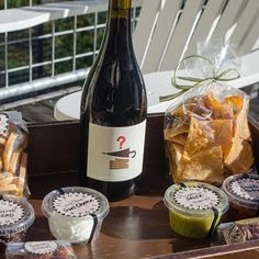 If we had to put together the perfect afternoon snack—oh wait, we already did with the help of @jimtownstore! #sonoma #afternoonsnack